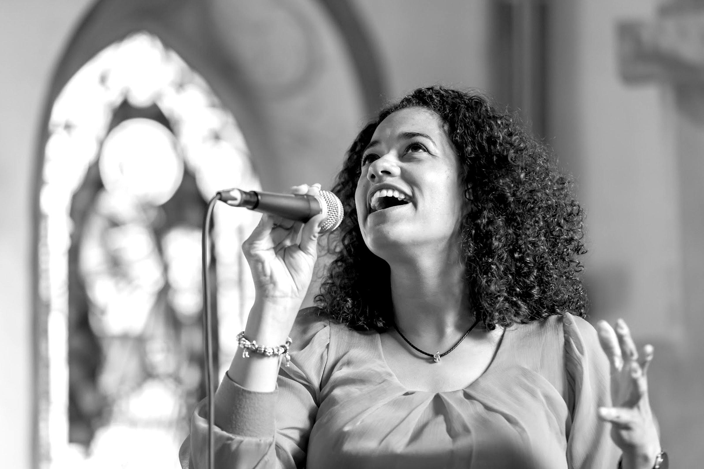 hochzeitssängerin | Hannover | Sängerin | Kirchensängerin | Hochzeit | Lieder | Sängerin | Trauung | Sängerin | Trauung | Sängerin | Kirche | Preise | Buchen | Mieten | Nathalie | Chérestal | Lehmann | Eventservice