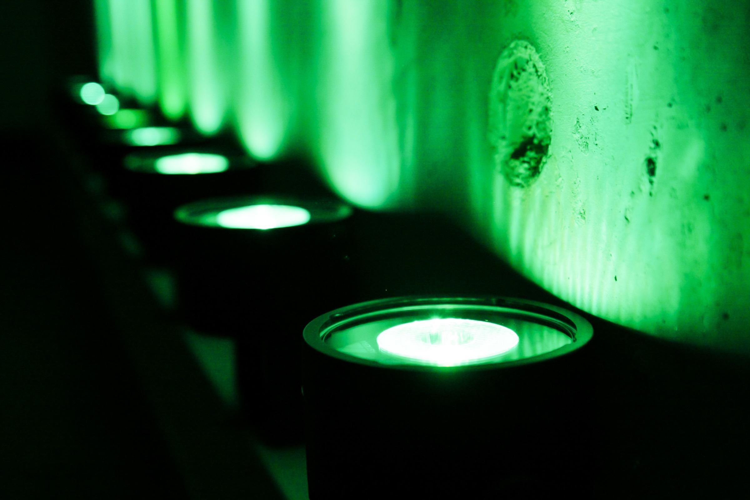lichttechnik | Indoor | Hannover | Veranstaltungstechnik | Fassadenbeleuchtung | Firmenfeier | Show | Gala | Akku | LED | Outdoor | Spots | Scheinwerfer | Mieten | Buchen | Lehmann | Eventservice