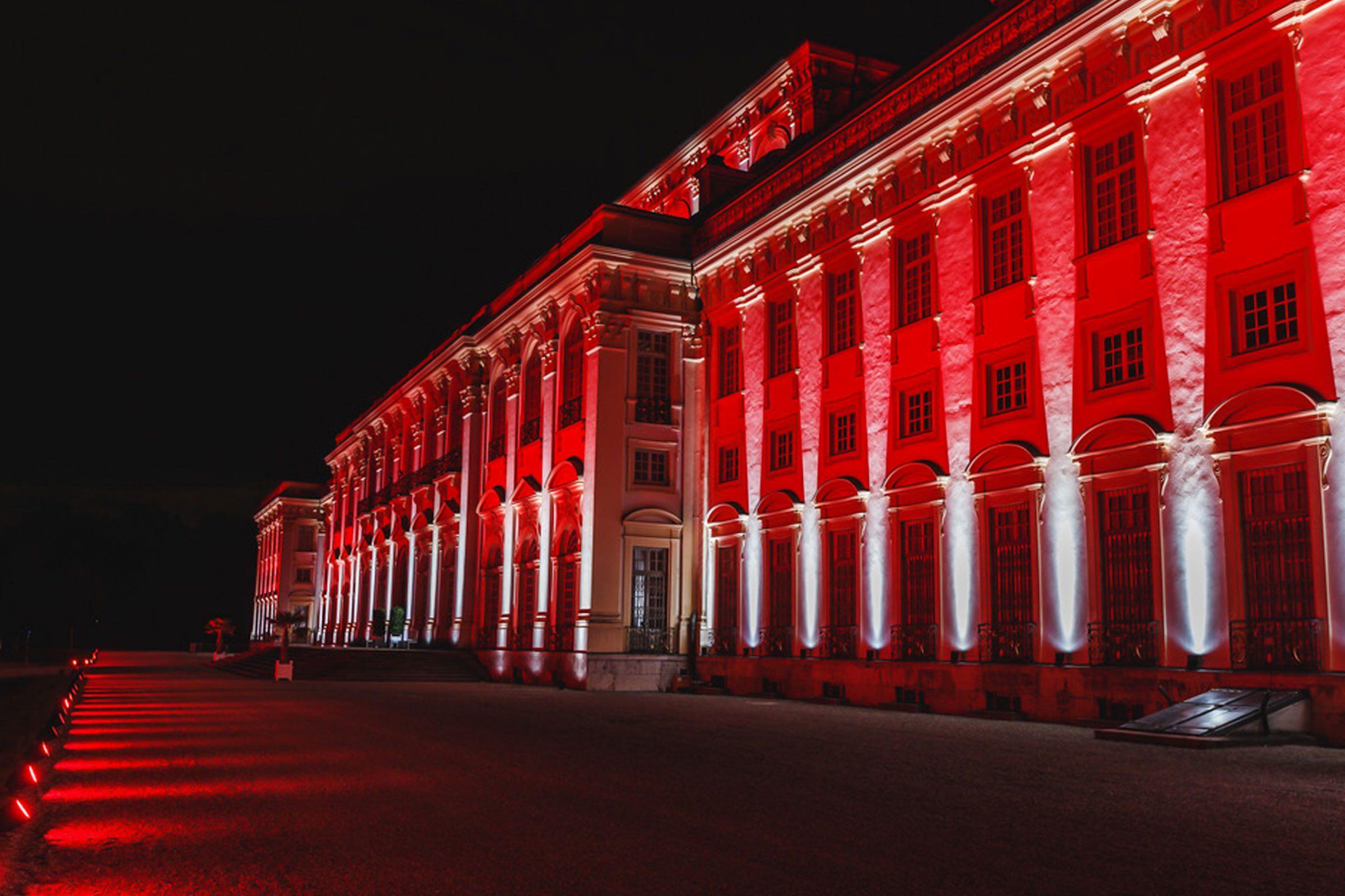 lichttechnik | Outdoor | Hannover | Veranstaltungstechnik | Fassadenbeleuchtung | Firmenfeier | Gala | Show | Akku | LED | Outdoor | Spots | Scheinwerfer | Buchen | Mieten | Lehmann | Eventservice