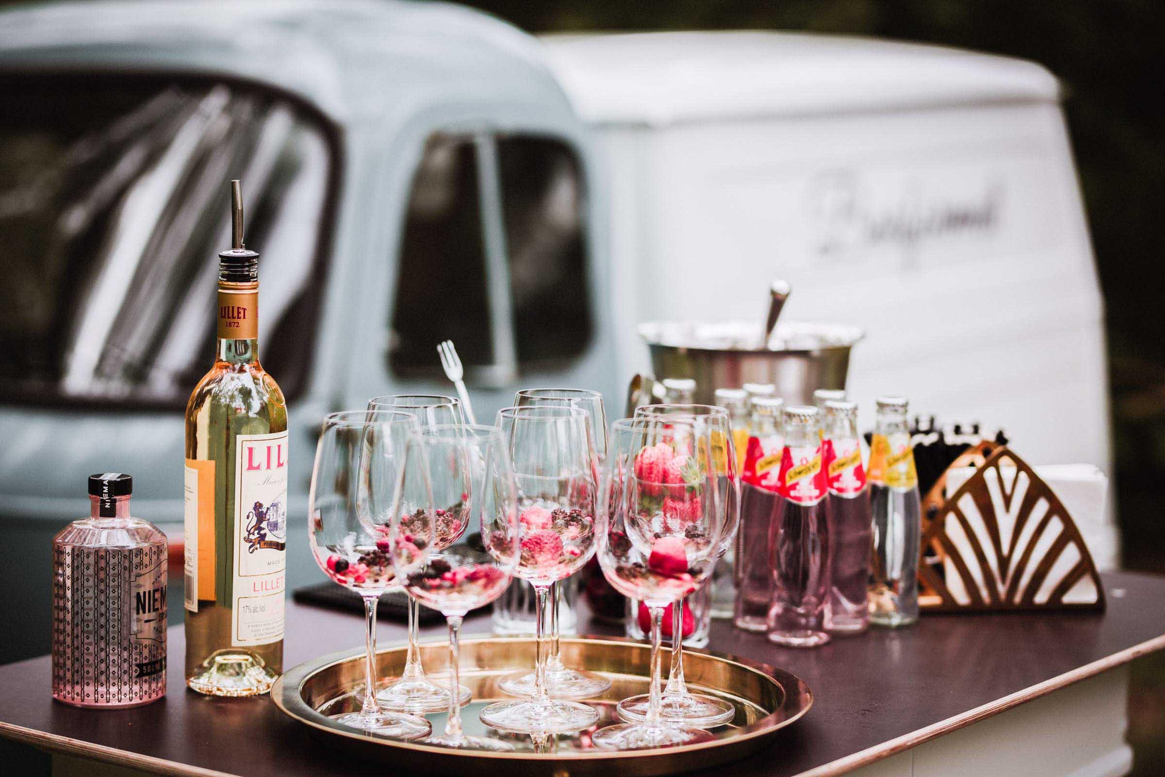 Lehmann | Eventservice | Mobile | Bar | Hannover | Hamburg | Braunschweig | Bremen | Cocktailbar | Sektempfang | Bulli | Bar | Hochzeit | Cocktailservice | Barkeeper | Messen | Firmenfeiern | Catering | Food | Truck | Getränke